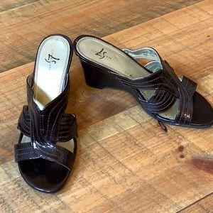 Life Stride metallic brown wedge sandals s…